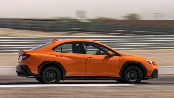 El Subaru WRX 2022 con un motor bóxer de 275 CV entra en escena