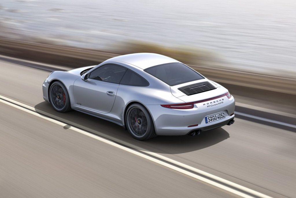PORSCHE 911- CARRERA 4 GTS (3)