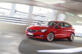 Opel-Astra-295895)