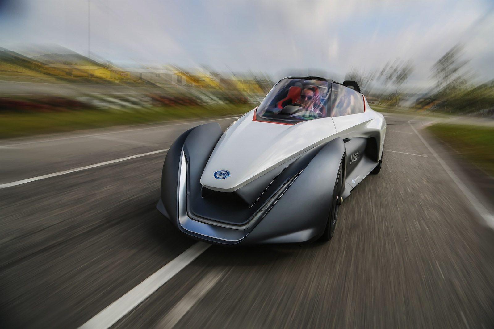 Schemi Elettrici Nissan : Piccola elettrica futurista nissan bladeglider motorage new