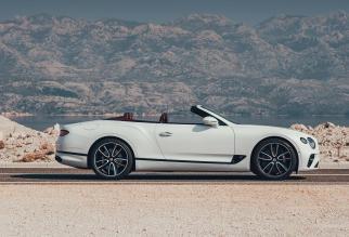 Bentley-Continental-GT-Convertible-2019-motorage.it-07