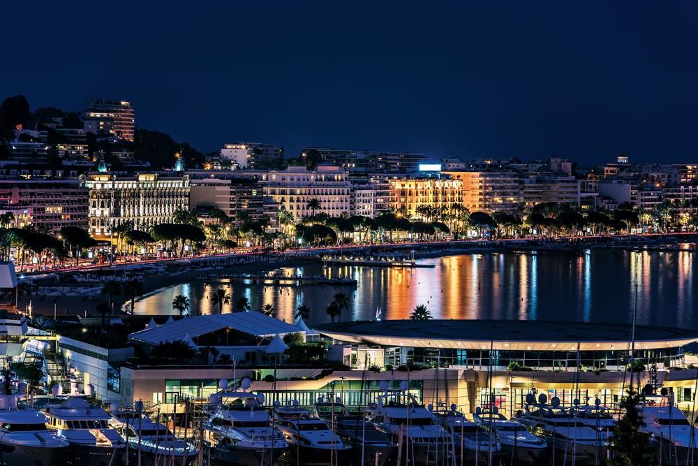 Cannes geceleri de güzel
