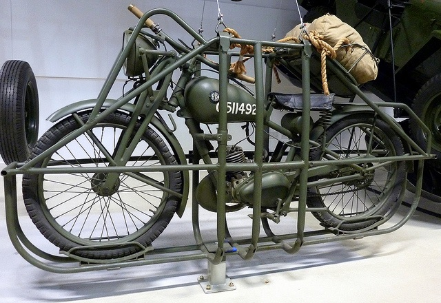 Royal Enfield WD Flying Flea WW2 Askeri Motosiklet