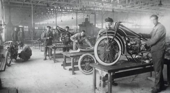 BMW R32 Üretim Hattı
