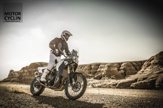 Yamaha T7 concept's idea is to make it an ultimate one person adventure travel machine.