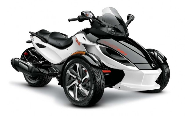 2014-cam-am-spyder-roadster-RS-S_3-4 WhtBlk_14