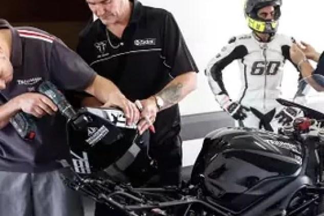 090817 Triumph Daytona Based Moto2 Test