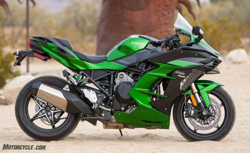 Best Sport Touring Motorcycle For Beginners | Amatmotor.co