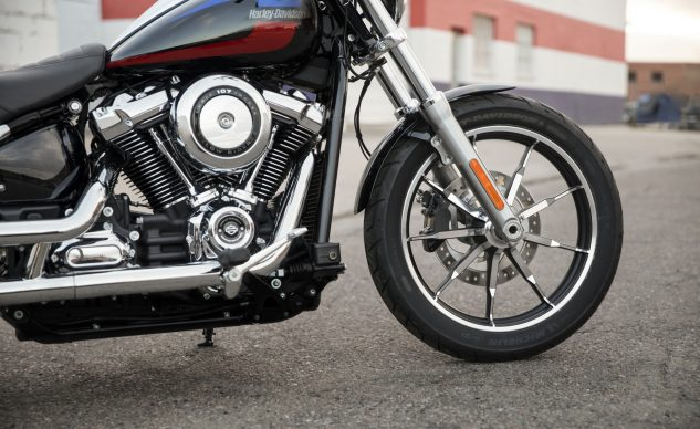 Harley-Davidson Low Rider Milwaukee-Eight 107 engine