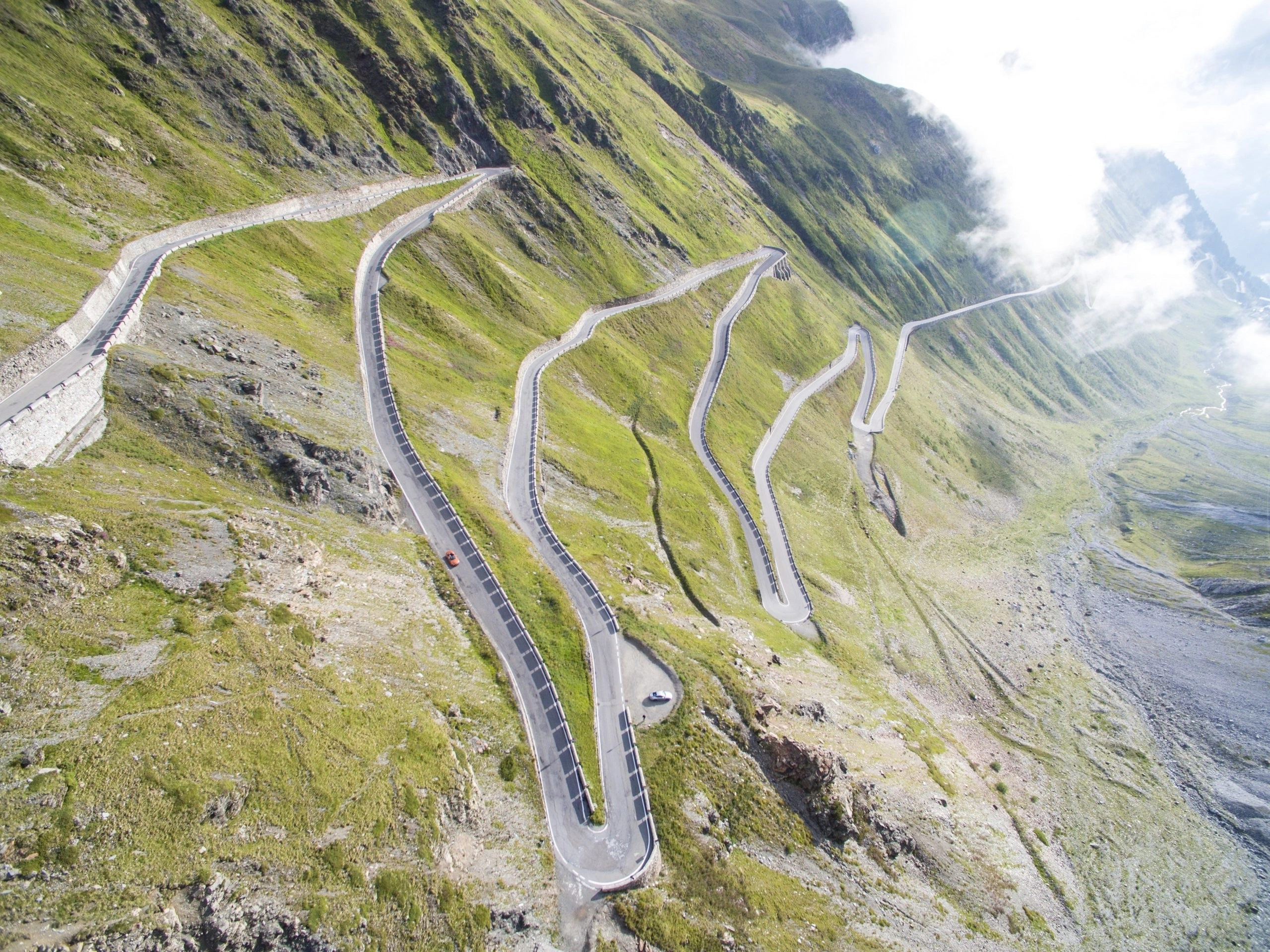 stelvio pass spectacular or spectacularly overrated