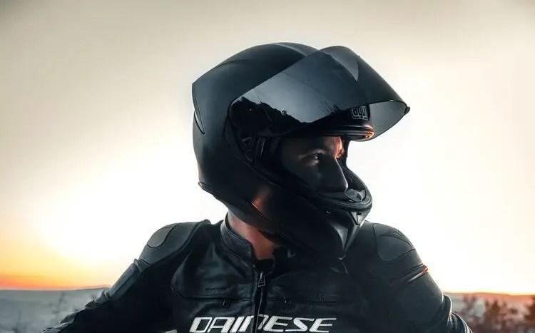smart helmets - motorcycle tourer