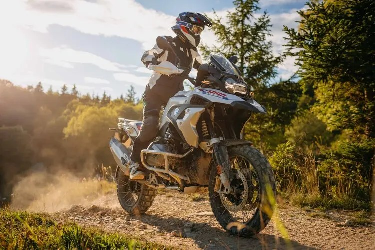 bmw r 1250 gs adventure - new vs used motorcycles