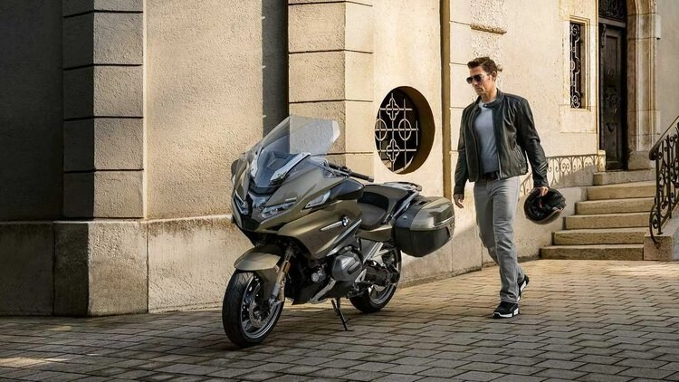 bmw r 1250 rt and rider - choosing a new motorcycle