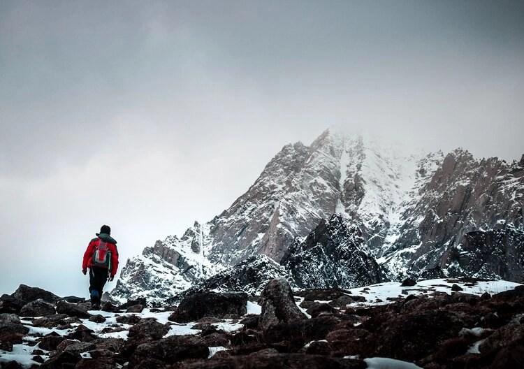 mountain-top-hike