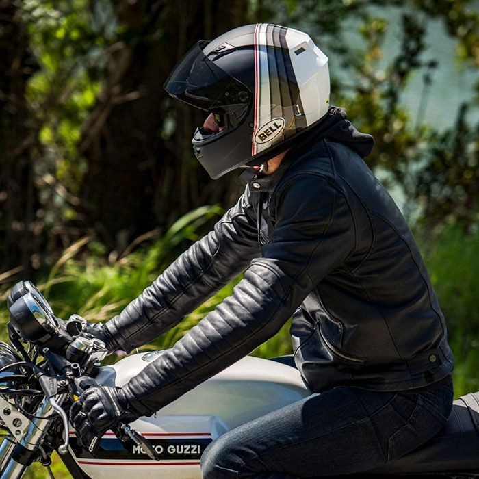 Bell Qualifier - quietest motorcycle helmets on a budget