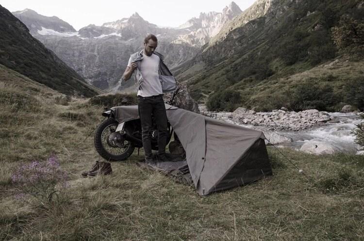 minimalist motorcycle camping