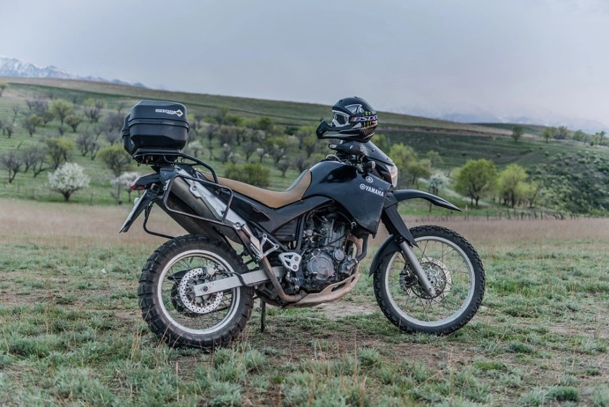 can touring motorcycles go off-road? yamaha on grass