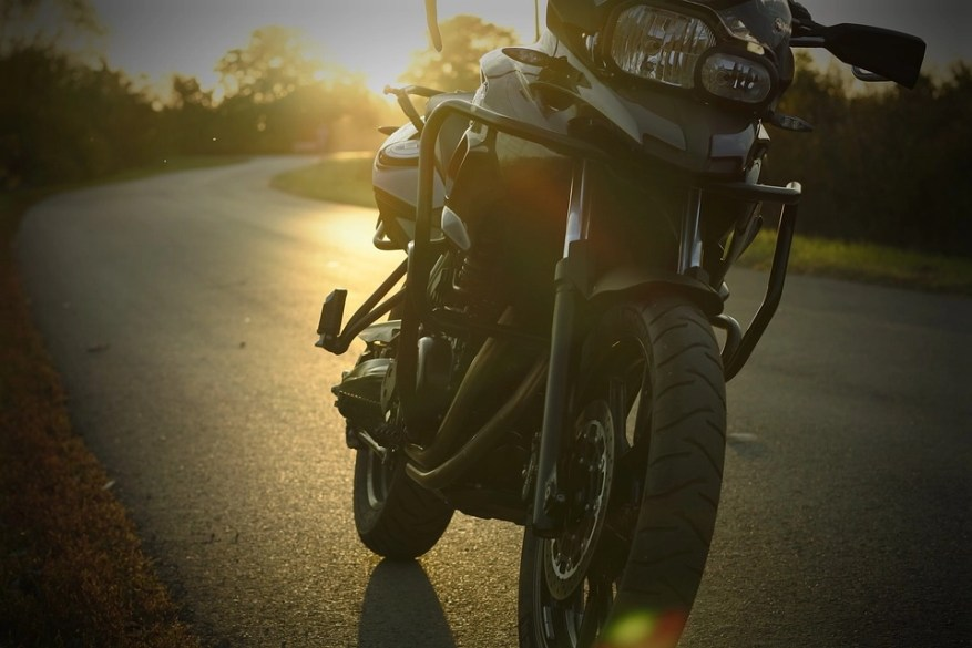 bmw at sunset - test ride a motorcycle