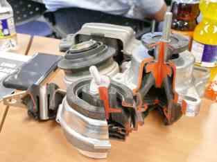 motor-und-getriebe-lager-2