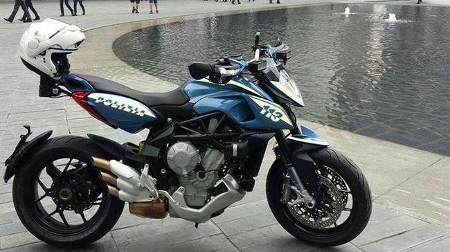 Politiemotor MV-Agusta-Rivale