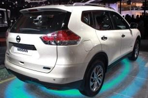 08_Nissan X-Trail hybrid - New Delhi Auto Expo