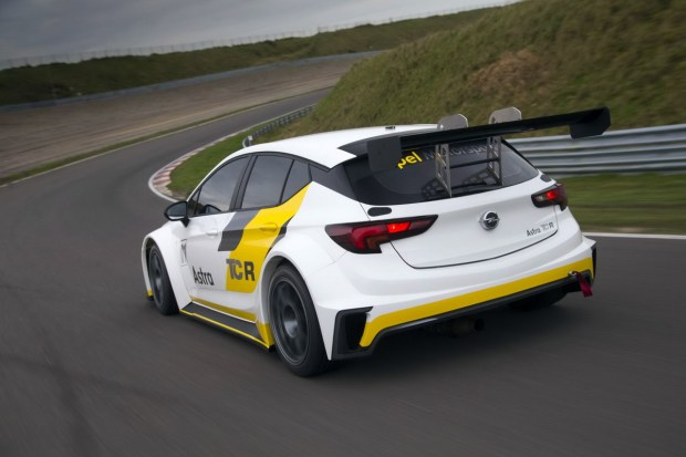 Opel-Astra-TCR-299187[1]