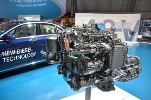 17_motore OM654 - Mercedes ibride e elettriche