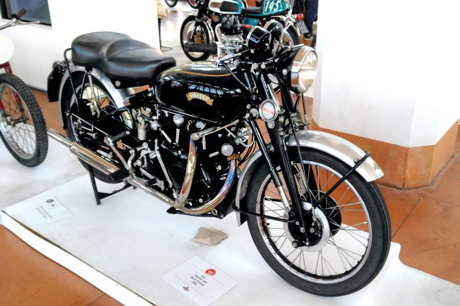 47_vincent-hrd-black-shadow-1000_moto-100-anni-di-storia