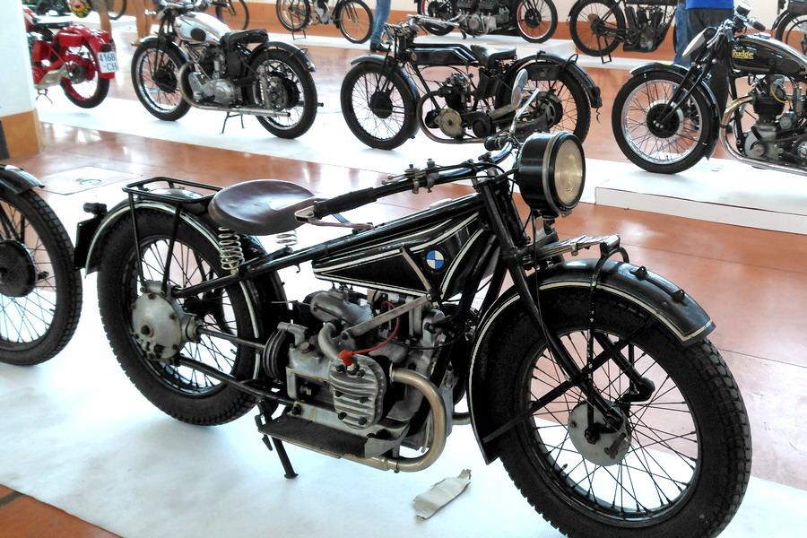 48_BMW_Moto-100-anni-di-storia Moto Club Trieste, 110 anni di storia