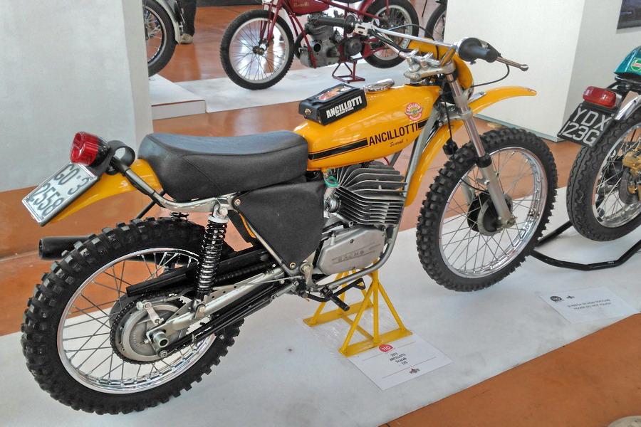 51_Ancillotti-Scarab-125_Moto-100-anni-di-storia Moto Club Trieste, 110 anni di storia