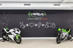Motori360_Energica moto_apert.
