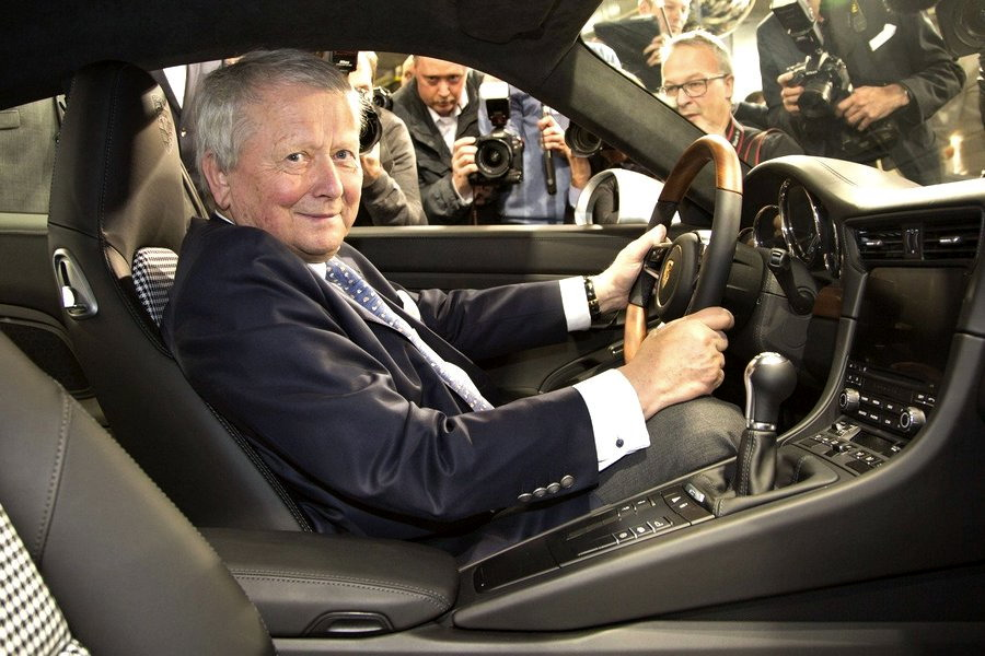 Motori360.it-Porsche 911 n° 1milione-05-Dr. Wolfgang Porsche
