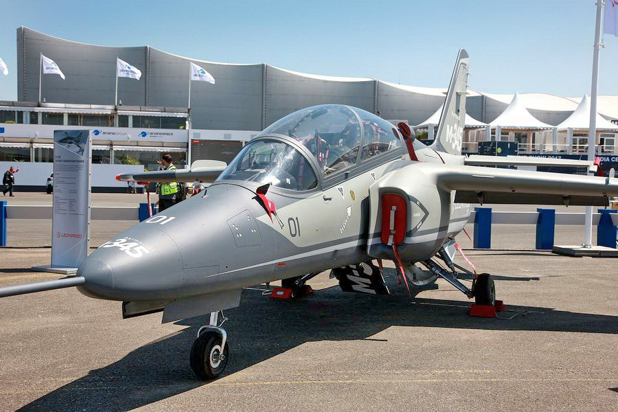 Motori360.it-Leonardo Paris Air Show 2017-13
