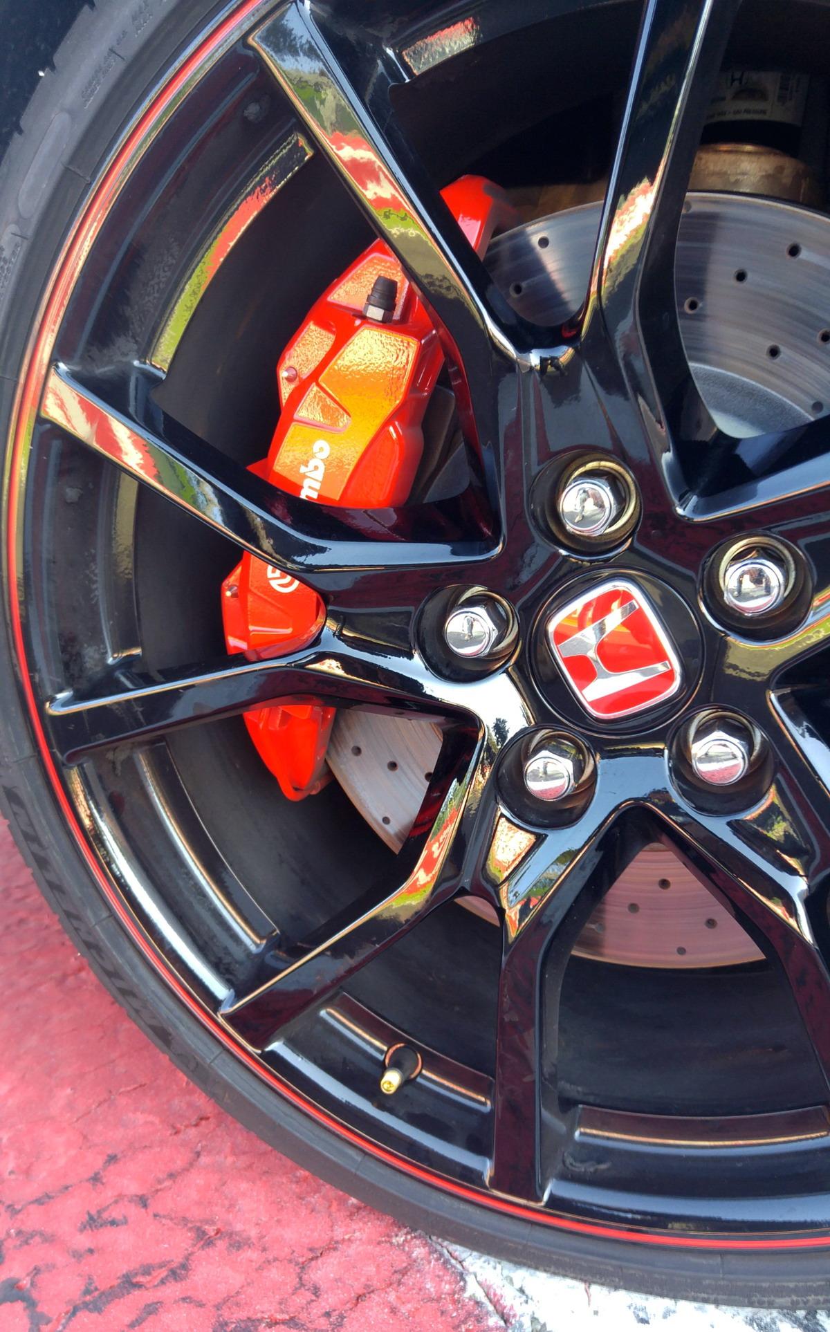 F14-Motori360_Civic-TypeR-Vallelunga
