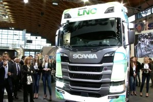 Motori360.it-Scania OC13 101metano-01