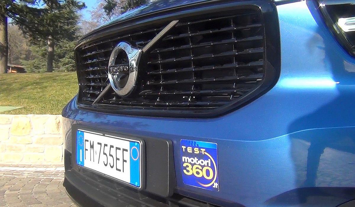 Motori360-Volvo-XC40-Primo-Contatto-04