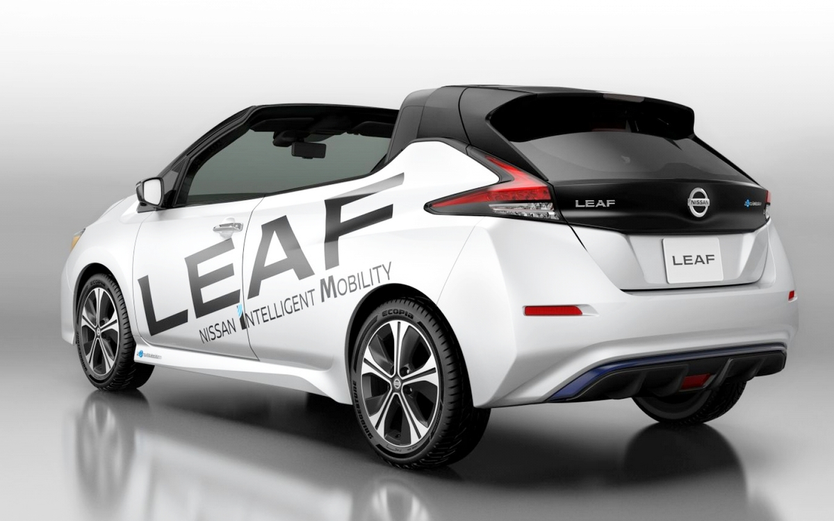 Motori360-Nissan-Leaf- Open-Car-05