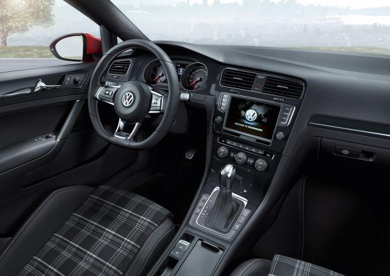 nuova-volkswagen-golf-gtd-diesel-4