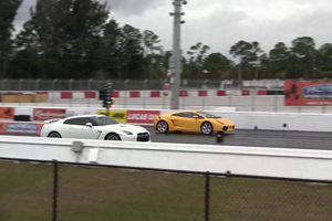 Nissan GT-R vs Twin Turbo Lamborghini Video