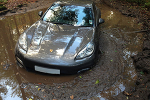 Friday FAIL Soccer Player Panamera Mud
