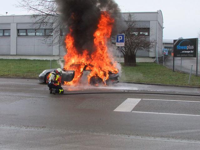 Porsche 911 GT3 Fire