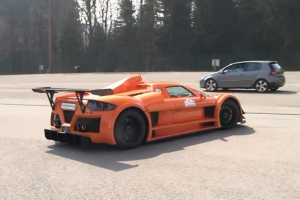 Gumpert Apollo Sport Video
