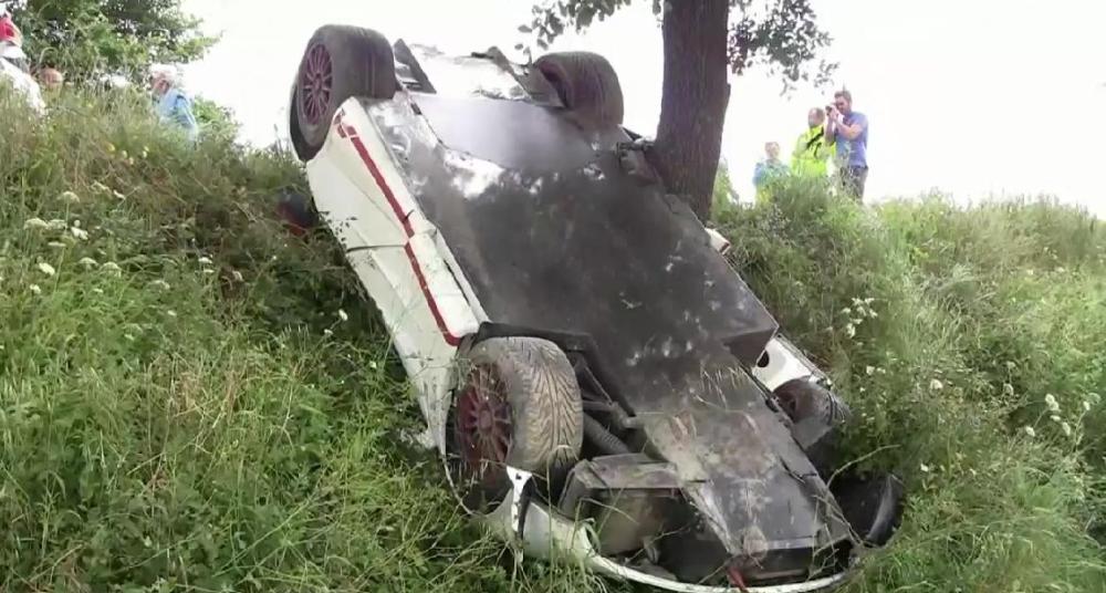 McLaren F1 Crash