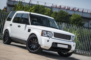 Land Rover Discovery 3.0 TDV6 XS – RS300