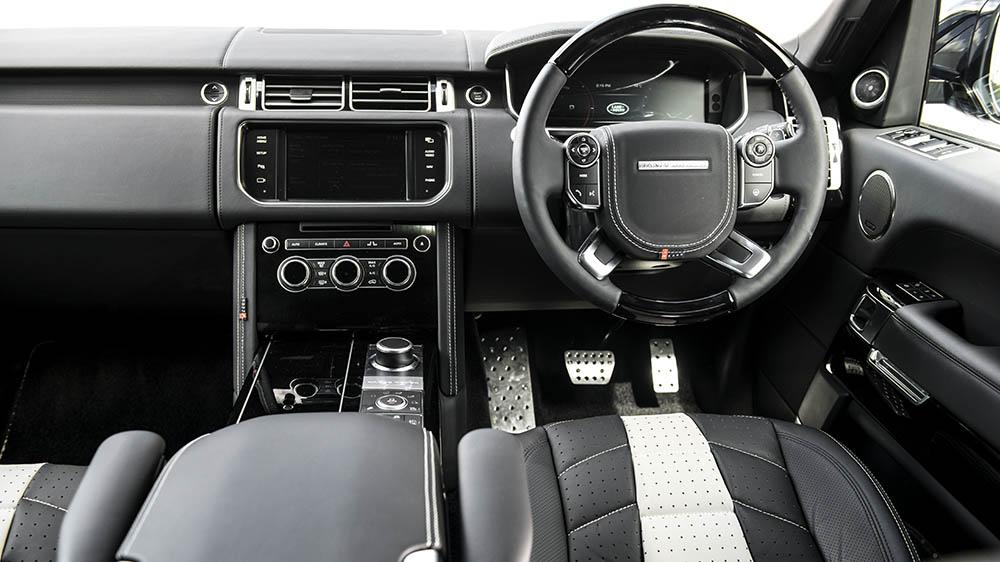 A Kahn Design Range Rover Autobiography LWB RS-600