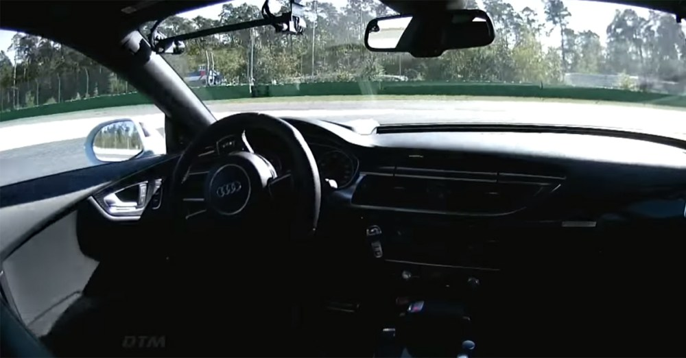 No Driverless Audi RS 7