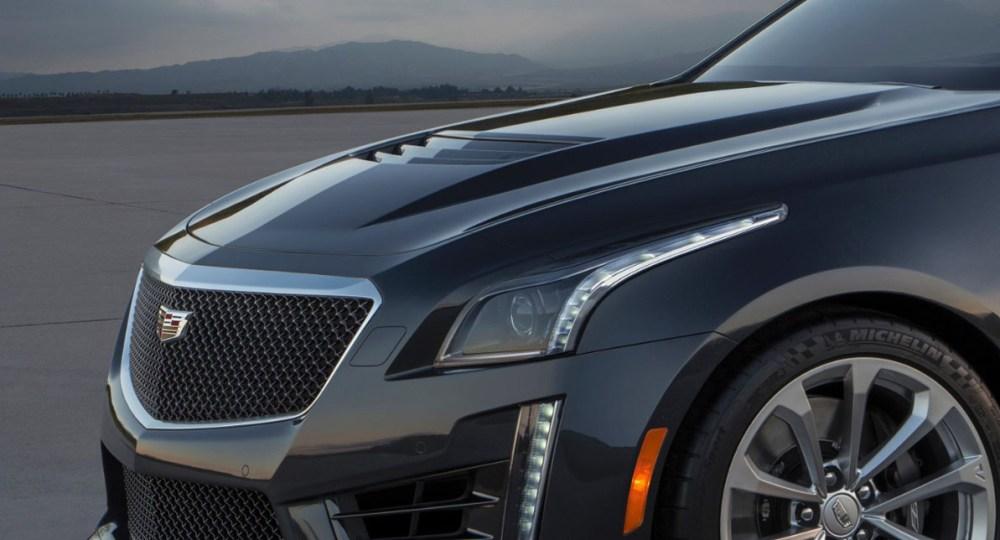 2016-Cadillac-CTS-V-9