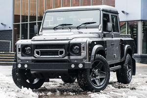 Defender XS 110 Double Cab Pick Up Chelsea Wide Track
