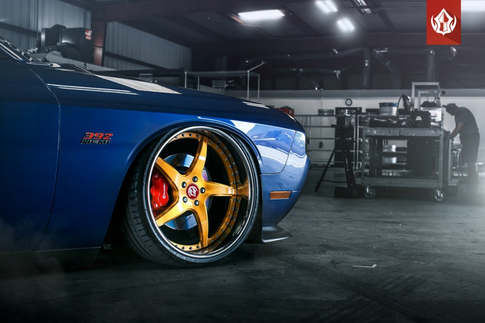 Dodge Challenger SRT-8 VIP Modular VR15 Wheels