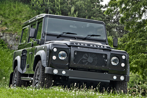 Land Rover Defender XS 110 Chelsea Wide Track